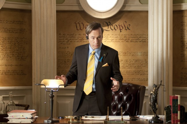 Bob Odenkirk como Saul Goodman, o melhor advogado de Albuquerque